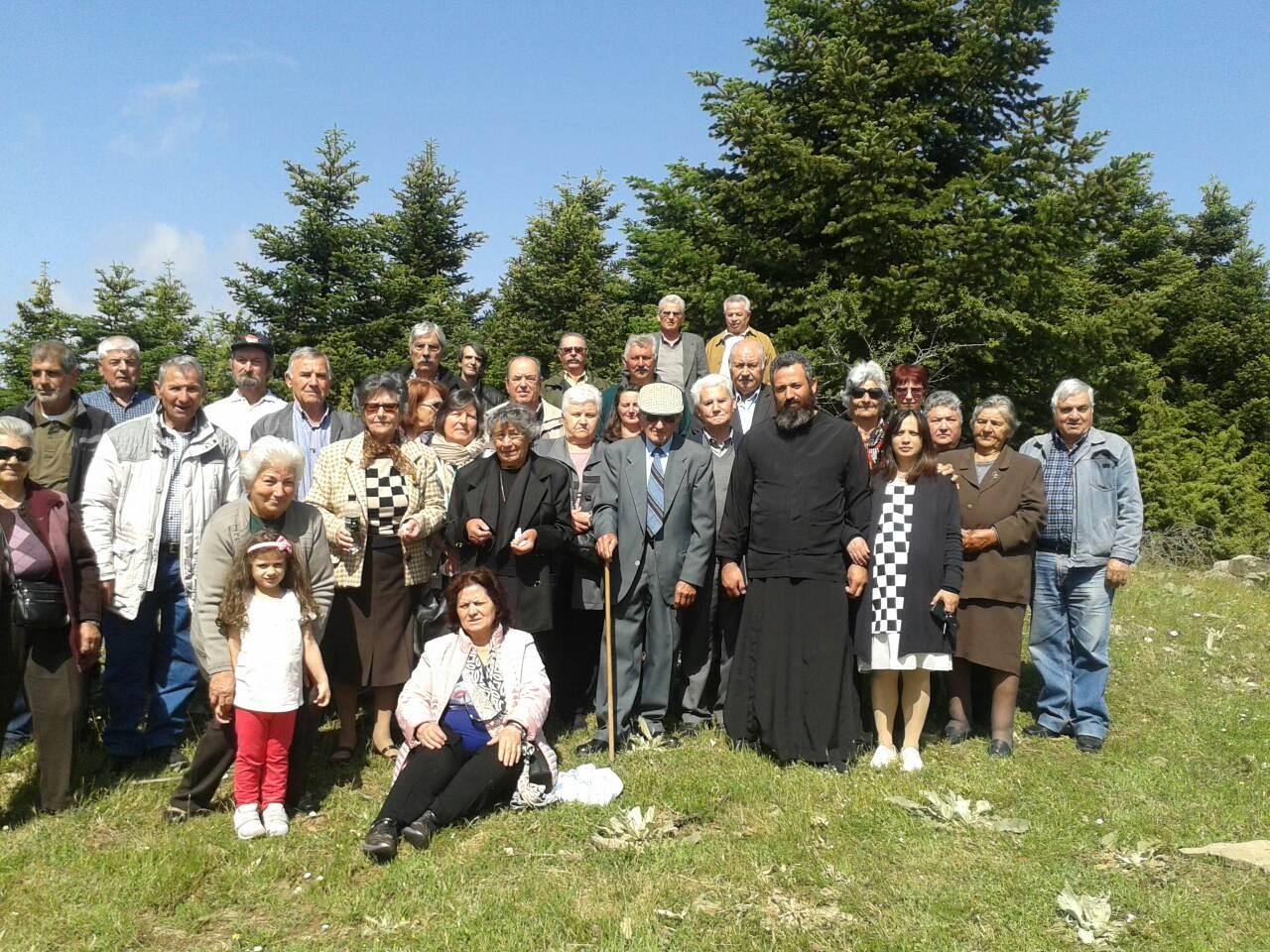 Βλέπετε φωτογραφίες από : Στον Άγιο Κωνσταντίνο