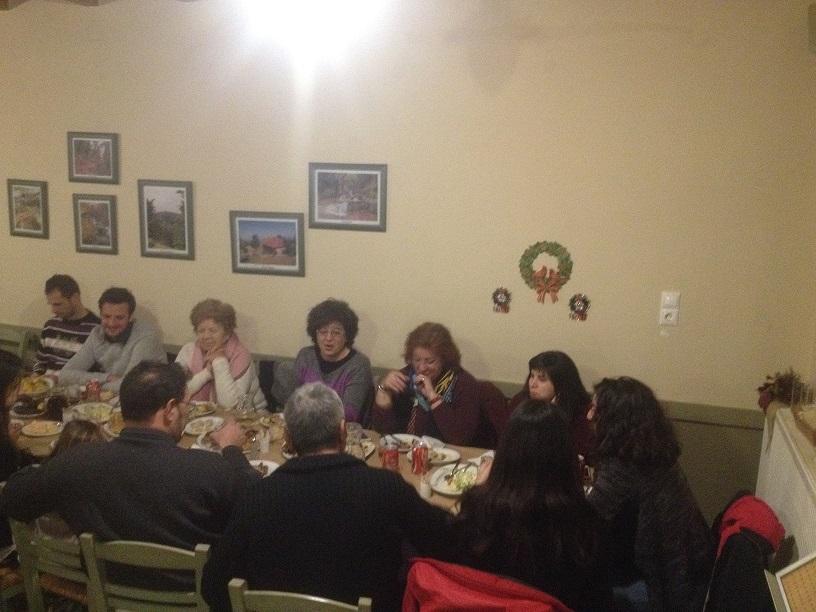 Βλέπετε φωτογραφίες από : Πρωτοχρονιά στην Ποτιδάνεια
